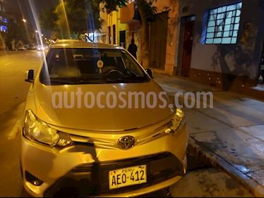 Toyota Yaris Sedan 1.3 XLi Aut usado (2014) color Beige Metalico precio u$s11,000
