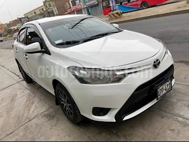 Toyota Yaris Sedan 1.3L usado (2016) color Blanco precio u$s4,200