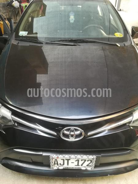 Toyota Yaris Sedan 1.3 usado (2015) color Negro precio u$s9,000