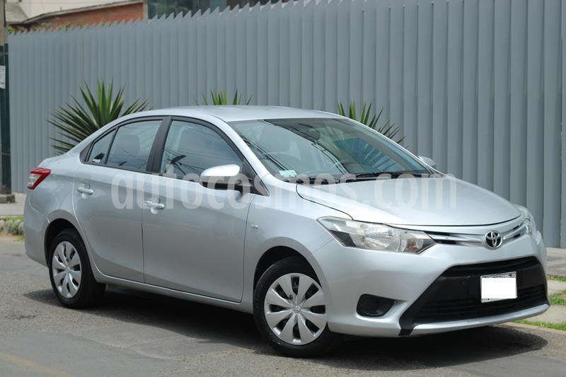 Toyota Yaris Sedan 1.3 GLi Aut usado (2015) color Plata precio $10,800