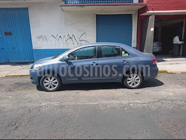 Toyota Yaris Sedan Premium Aut usado (2014) color Azul precio $138,000
