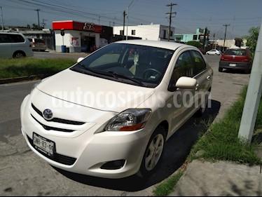 Foto venta Auto usado Toyota Yaris Sedan Premium (2008) color Blanco precio $105,000