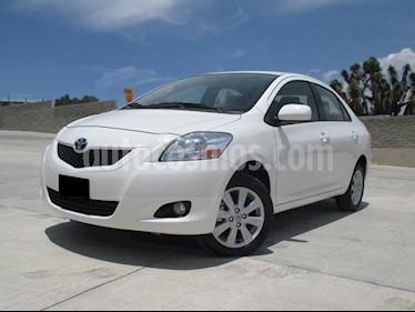 Foto venta Auto usado Toyota Yaris Sedan Premium (2016) color Blanco precio $177,000