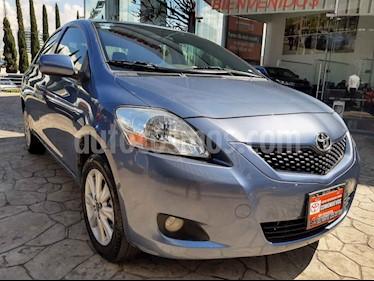 Foto Toyota Yaris Sedan Premium usado (2016) color Azul precio $175,000