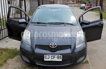 Foto venta Auto usado Toyota Yaris Sport 1.3 GLi 5P (2011) color Gris precio $3.500.000