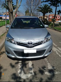 Toyota Yaris Sport 1.3 XLi 3P usado (2012) color Plata Metalico precio $4.700.000