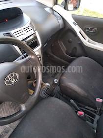 Toyota Yaris Sport 1.3 XLi 3P usado (2009) color Gris Plata  precio $3.600.000