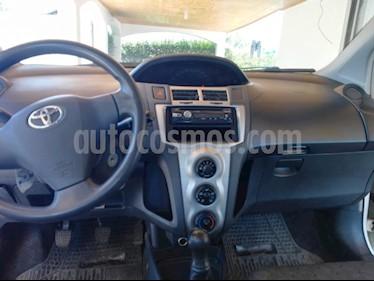 Toyota Yaris Sport 1.3 XLi 3P usado (2010) color Blanco precio $4.000.000