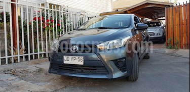 Toyota Yaris Sport 1.5 GLE usado (2017) color Gris precio $7.850.000