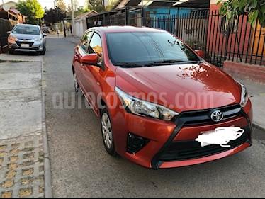 Toyota Yaris Sport 1.5 GLE usado (2017) color Naranja Metalico precio $7.190.000