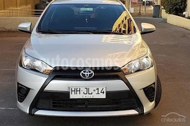 Toyota Yaris Sport 1.5 Sport Aut usado (2015) color Plata precio $7.050.000