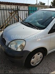 foto Toyota Yaris Sport 1.3 XLi 3P usado (2005) color Gris precio $2.400.000