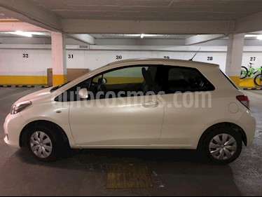 Toyota Yaris Sport 1.3 GLi 3P usado (2013) color Blanco precio $4.500.000