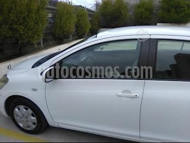 Toyota Yaris 1.5 GLi  usado (2007) color Blanco precio $2.600.000