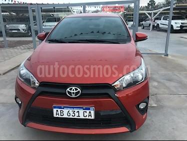 foto Toyota Yaris 1.5 S CVT usado (2017) color Naranja precio $790.000