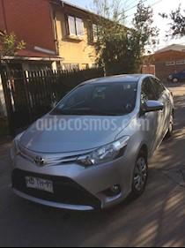 Toyota Yaris 1.5 XLi  usado (2015) color Plata precio $7.150.000