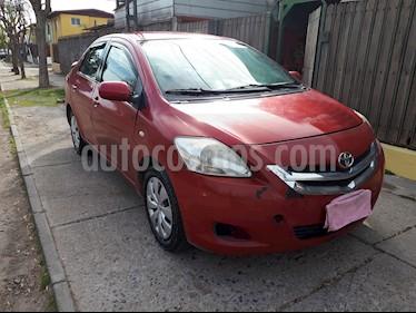 Toyota Yaris 1.5 XLi  usado (2010) color Rojo precio $2.800.000