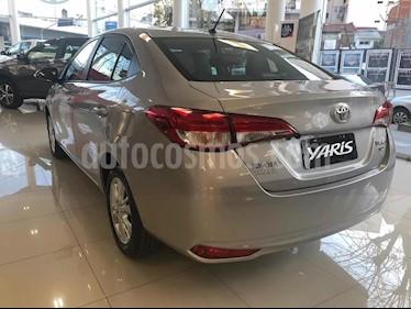 Foto venta Auto usado Toyota Yaris 1.5 XLS (2019) color Gris Plata  precio $580.000