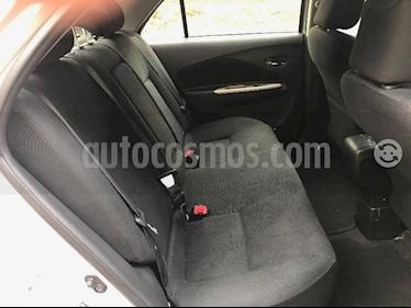 Foto venta Auto usado Toyota Yaris 1.5L Aut (2014) color Gris precio u$s4.200