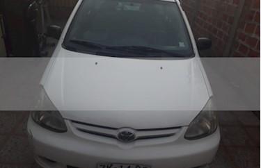 Foto venta Auto usado Toyota Yaris 1.5L XLi (2006) color Blanco precio $2.650.000