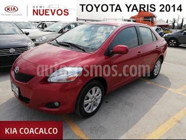Foto venta Auto usado Toyota Yaris 4p Sedan Premium L4/1.5 Man (2014) color Rojo precio $149,000