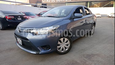 Foto venta Auto Seminuevo Toyota Yaris 5P 1.5L Core Aut (2017) color Azul Acero precio $215,000