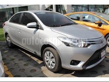 Foto venta Auto Seminuevo Toyota Yaris 5P 1.5L Core (2017) color Plata precio $185,000