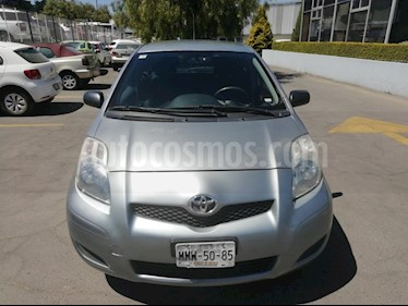 Foto venta Auto usado Toyota Yaris 5P 1.5L Core (2009) color Plata precio $95,000