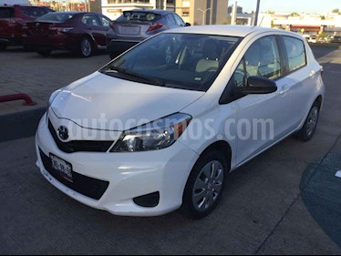 Foto venta Auto usado Toyota Yaris 5P 1.5L Core (2014) color Blanco precio $165,000