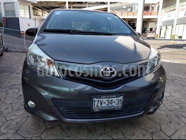 Foto venta Auto usado Toyota Yaris 5P 1.5L Premium (2014) color Gris precio $155,000