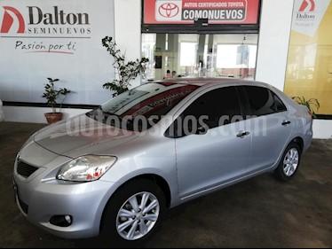 Foto venta Auto usado Toyota Yaris 5P 1.5L Premium (2014) color Plata precio $139,000