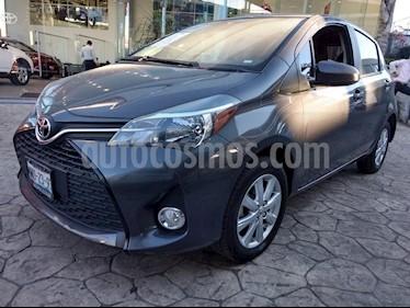 Foto venta Auto usado Toyota Yaris 5P 1.5L Premium (2015) color Gris precio $160,000