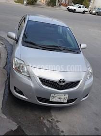 Foto venta Auto usado Toyota Yaris 5P 1.5L Premium (2012) color Gris precio $124,500