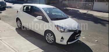 Toyota Yaris 5P 1.5L Premium usado (2015) color Blanco precio $165,000