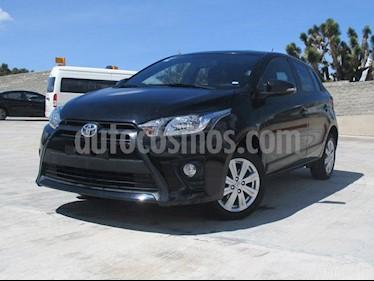 foto Toyota Yaris 5P 1.5L S Aut usado (2017) color Negro precio $213,000
