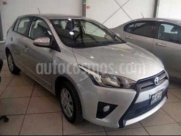 Foto venta Auto usado Toyota Yaris 5P 1.5L S Aut (2017) color Plata precio $195,000