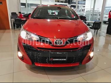 Foto venta Auto usado Toyota Yaris 5P 1.5L S Aut (2019) color Naranja precio $269,000