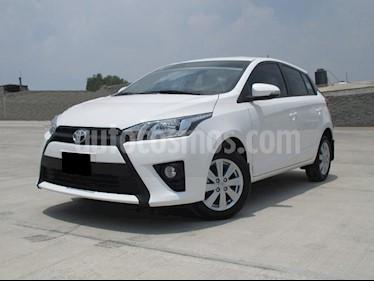 Foto venta Auto usado Toyota Yaris 5P 1.5L S Aut (2017) color Blanco precio $215,000