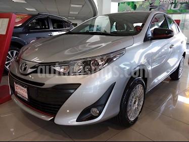 Foto venta Auto usado Toyota Yaris 5P 1.5L S (2019) color Plata precio $267,500
