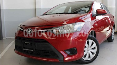 Foto venta Auto usado Toyota Yaris 5P 1.5L S (2017) color Rojo precio $210,000