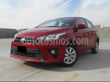 Foto venta Auto usado Toyota Yaris 5P 1.5L S (2017) color Rojo precio $215,000