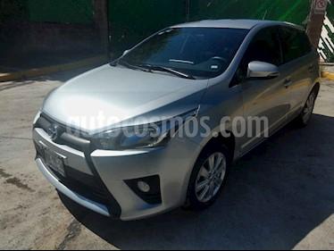 Toyota Yaris 5P 1.5L S usado (2017) color Plata precio $197,000
