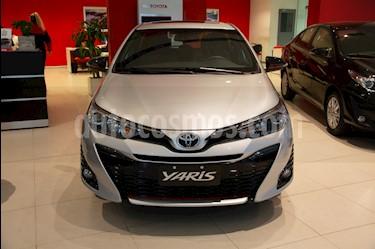 Toyota Yaris 1.5 S CVT usado (2019) color A eleccion precio $1.555.800