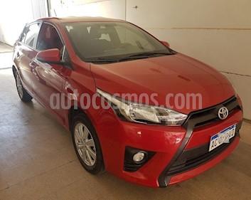 Toyota Yaris 1.5 S CVT usado (2017) color Rojo precio $815.000