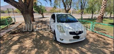 Toyota Yaris GL Sport usado (2008) color Blanco precio $3.450.000