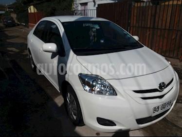 Toyota Yaris 1.5 XLi  usado (2008) color Blanco precio $2.800.000