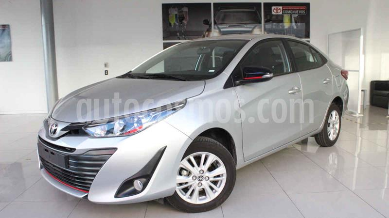 Toyota Yaris S usado (2020) color Plata precio $250,000