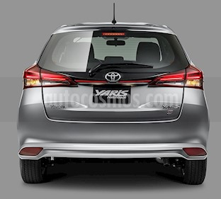 Toyota Yaris 5P 1.5L S Aut nuevo color Blanco precio $290,100