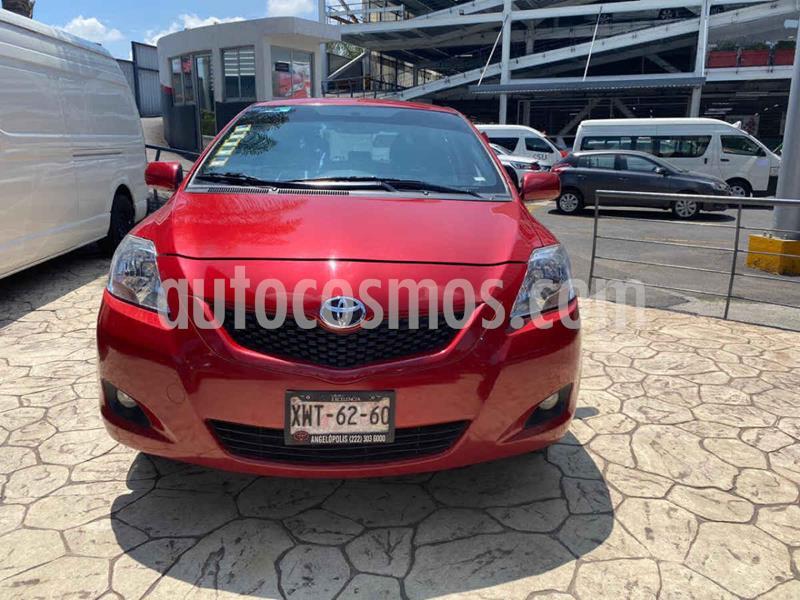 Toyota Yaris Premium usado (2016) color Rojo precio $165,000