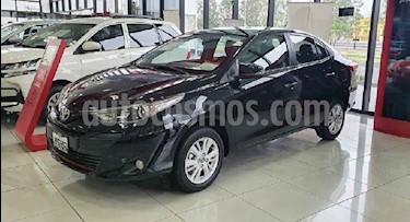 Toyota Yaris 4p Sedan S CVT usado (2020) color Negro precio $287,000